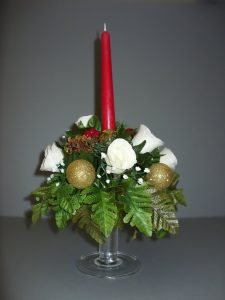 Pedestal Candle with Roses and Poinsettia - £20.00