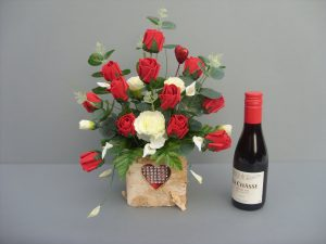 Valentine Roses & Red Wine - £26.00