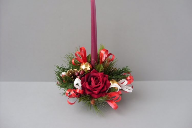 Table Arrangement - Red Roses, Gold Baubles & Cones - from £12.00